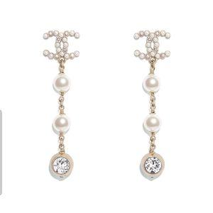 2020 Authentic CC Drop Earrings